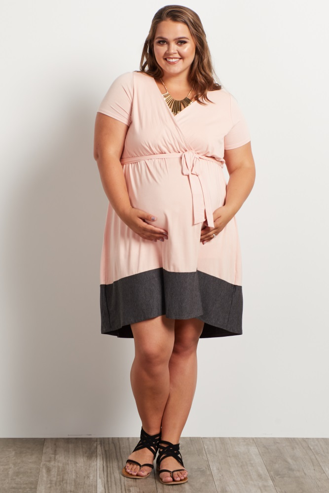 Light Pink Colorblock Border Plus Size Maternity/Nursing Dress