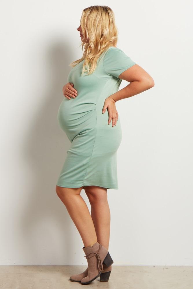 47e2fb7c0e621 Sage Fitted Plus Size Maternity Dress