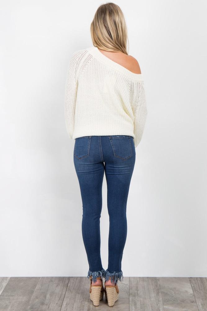 49e58f659e656 Blue Distressed Frayed Hem Cropped Maternity Jeans