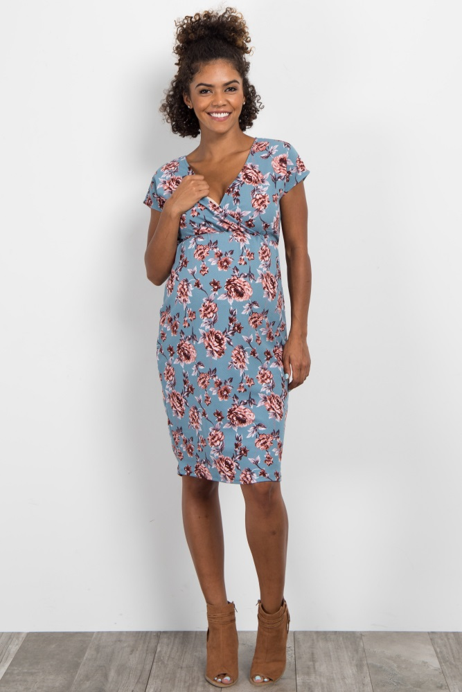 a3a7bbed3f24f Blue Floral Short Sleeve Wrap Fitted Maternity Dress
