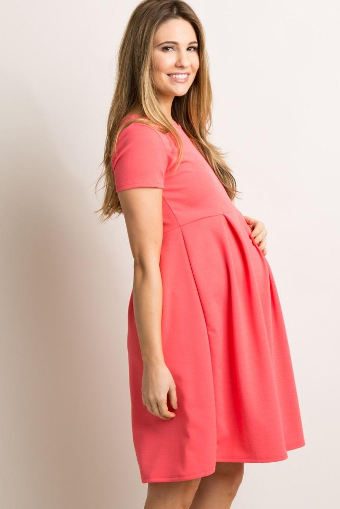 90d9371ba9 Coral Basic Pleated Skirt Maternity Dress