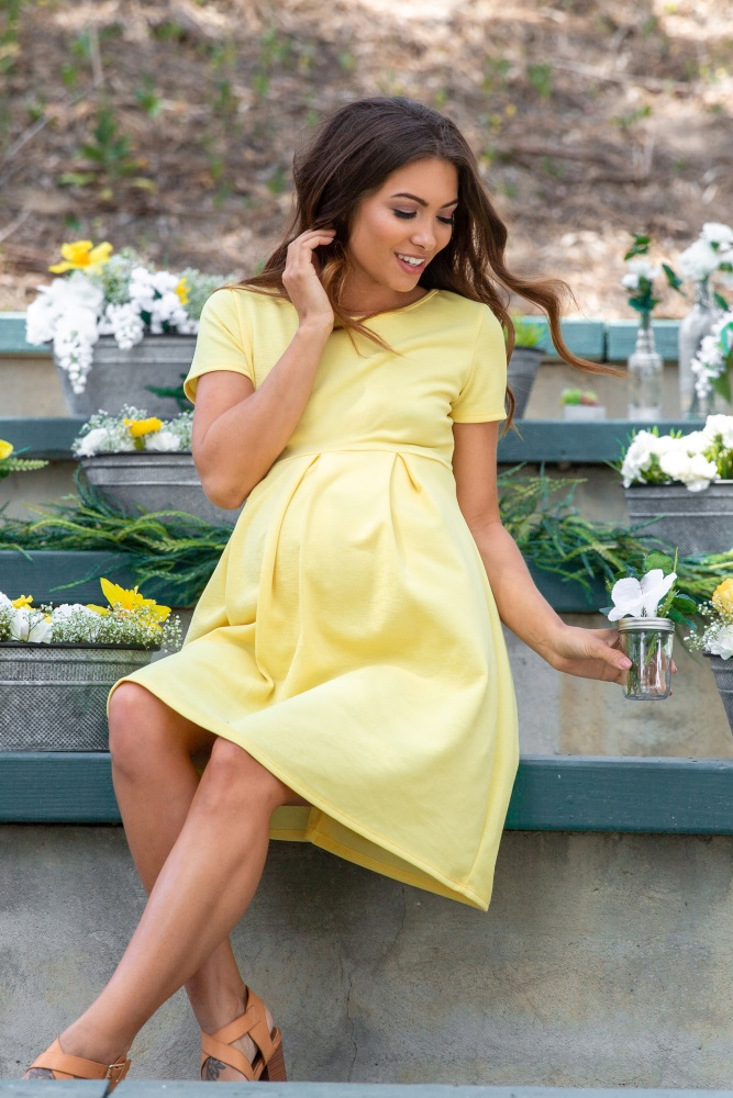 1828599f514da Yellow Basic Pleated Skirt Maternity Dress