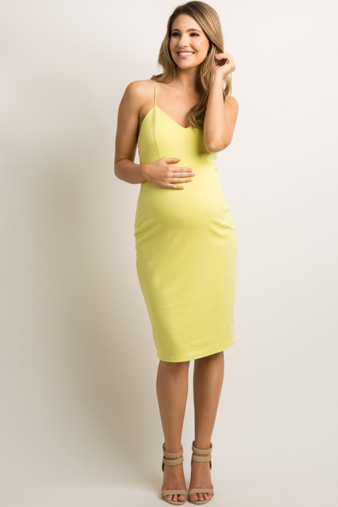 1284278c46f77 Yellow Sweetheart Fitted Maternity Cami Dress
