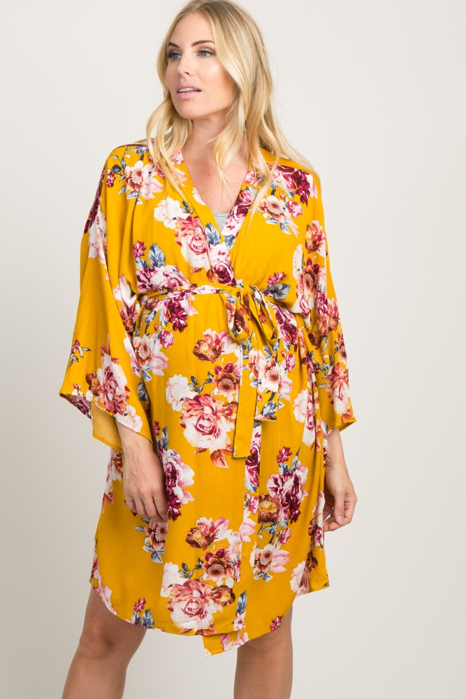 c84734c823fb9 Yellow Floral Delivery/Nursing Maternity Robe