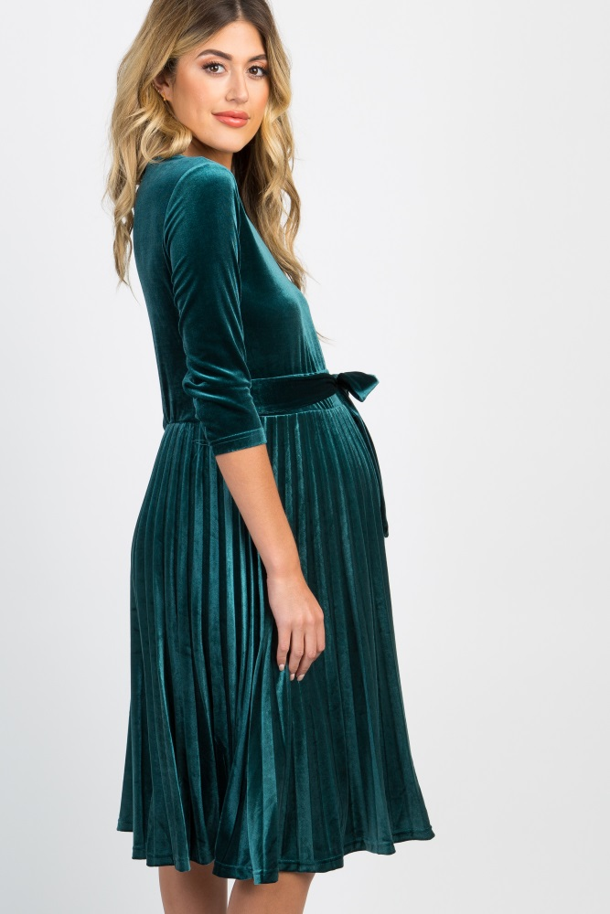 55f9d03335264 Forest Green Pleated Velvet Maternity Dress