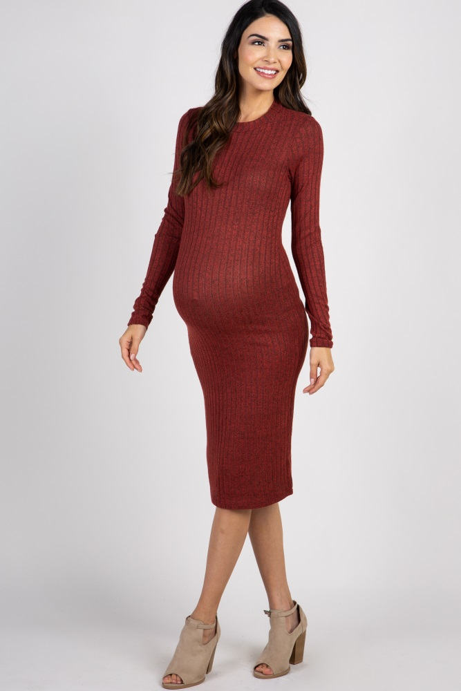 e8df7d3841f6 Rust Heathered Ribbed Maternity Midi Dress