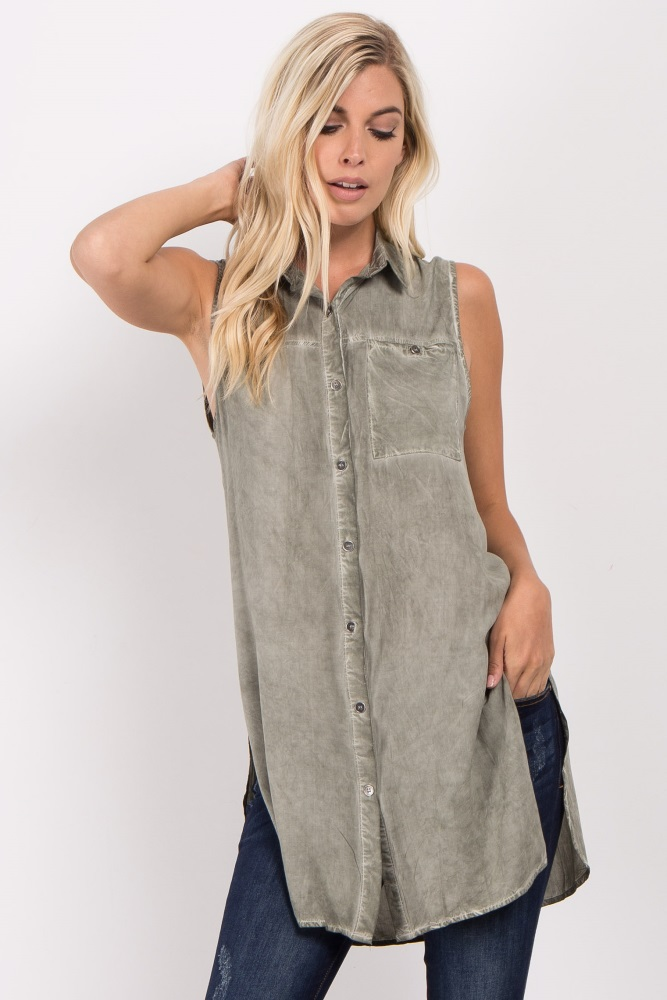 6095b94262d48 Olive Sleeveless Button Down Maternity Top