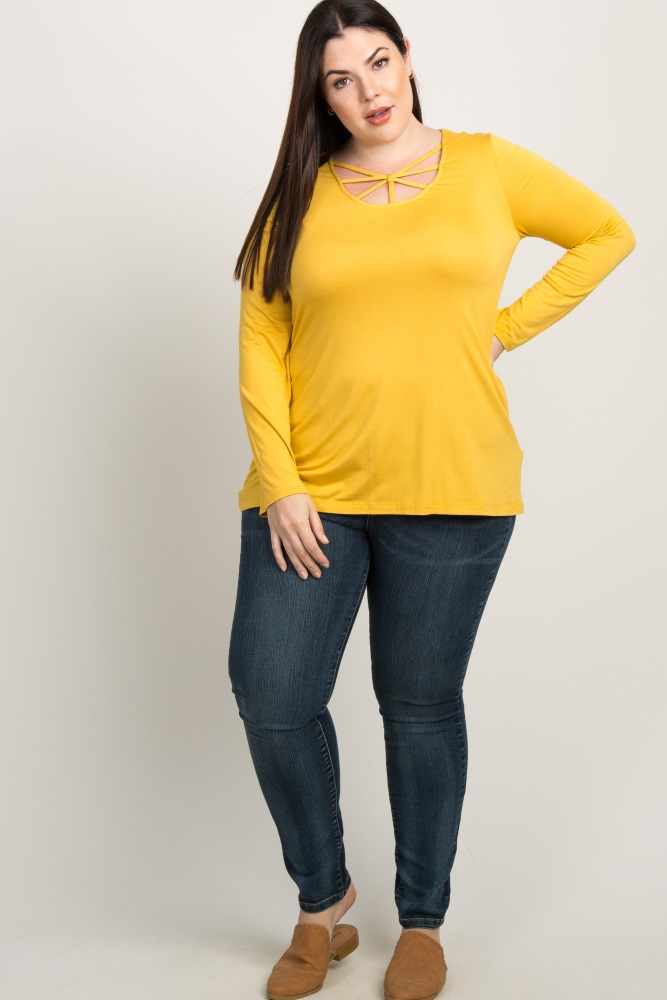 97d56fd25cb47 Yellow Cutout Caged Front Plus Maternity Top